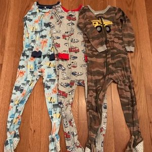 Carters 4T footed pajamas